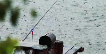 Особенности ловли в дождь
